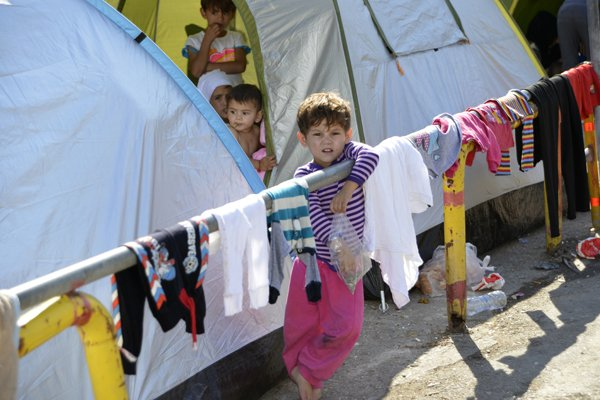 shutterstock_357710087 Refugee Europe 2015