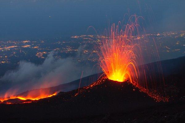 2 Mount Etna shutterstock_508720339 600