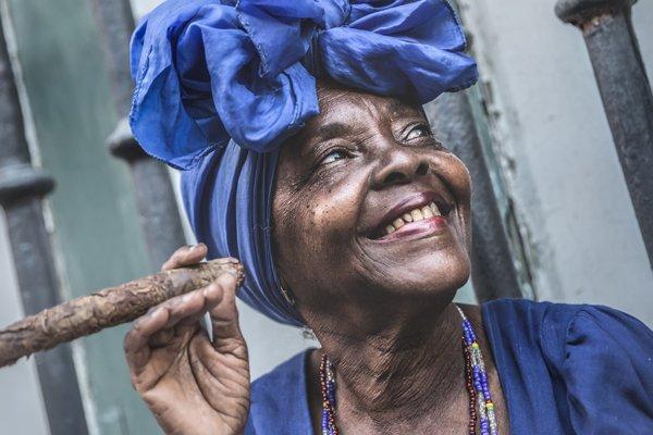 6 Cuba - woman - cigar - shutterstock_420712186.600